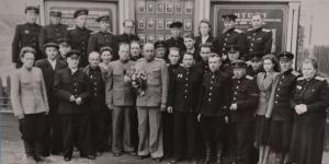 командный состав и ИТР станции 27 июля 1955 г.