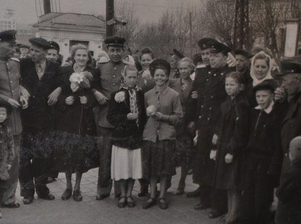 на первомайской демонстрации 1953 года