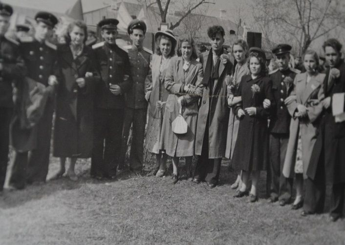 на первомайской демонстрации 1953