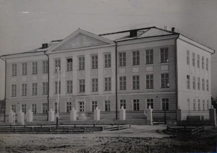 школа № 7 (бывшая школа № 50)